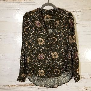 Knot Sisters half button down floral blouse